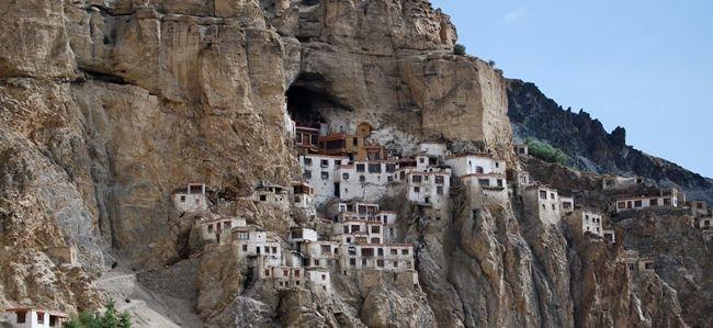 Монастир на півночі Індії - Пхугтал Ґомпа